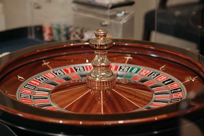 Online-Casinos-Pros-And-Cons